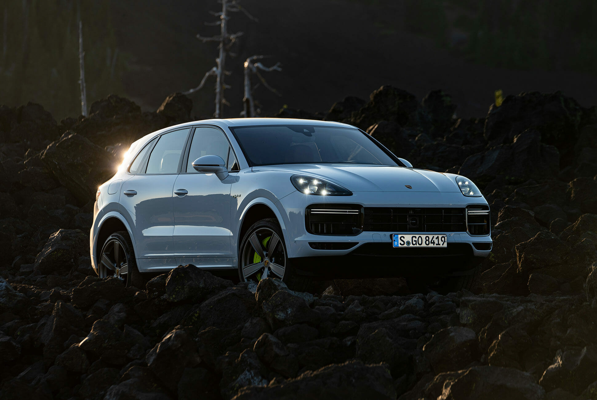 Pair-of-High-Tech-Porsche-Cayenne-Hybrids-gear-patrol-lead-slide-5