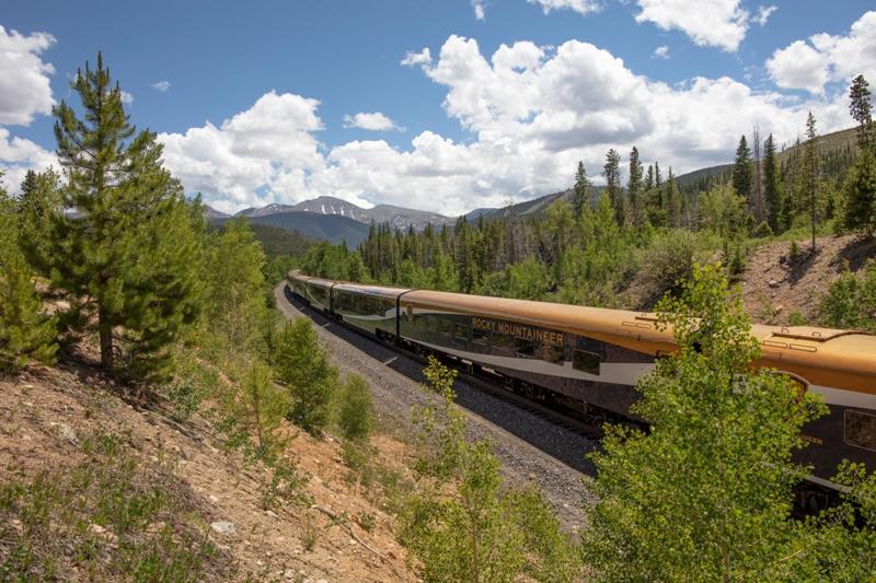rocky mountaineer, vancouver, train adventures, rocky mountains, ecoluxlifestyle, helen siwak, ecoluxluv, travel